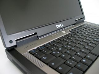 dell latitude d820 desktop replacement laptop nicely maintained dell
