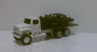 CUSTOM Demolition Derby 64 IMPERIAL w Back end setting low Car Hauler