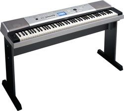 Yamaha Keyboard 88 Full Sized Lightly Weighted Piano Style Keys DGX