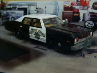 California Highway Patrol 74 Dodge Monaco 1 64 Limited