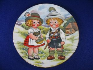 Dolly Dingle Visits Germany House of Goebel Art 1981 w Germany Free US