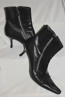 DONALD J. PLINER Beautiful Black Leather Hi Heel Ankle BOOTS 9N Free