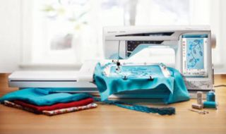 Viking Designer Diamond Deluxe Embroidery Sewing Machine
