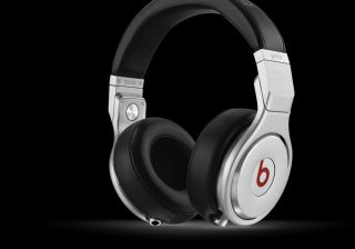 Beats by Dr Dre Pro Black Over the Head Headphones/ New Sealed