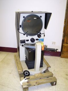DORSEY GAGE BENCHMARK 16H OPTICAL COMPARATOR