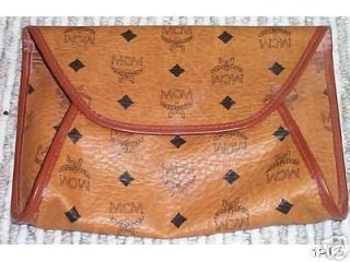 Authentic MCM DOUGLAS BAG CLUTCH in cognac NEW