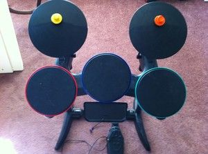 Wii Band Hero Drum Set and Guitar