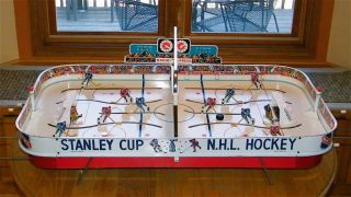 Eagle Toys NHL Stanley Cup Tin Metal Table Top Rod Hockey Game