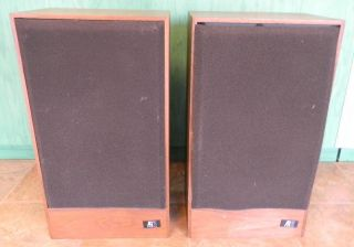 Pair of 2 Acoustic Research AR11B Speaker