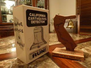 California Earthquake Detector   Great Christmas Holiday Novelty Gift