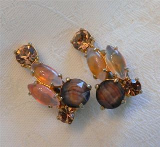 vint Elsa Schiaparelli brown peach gold tone rhinestone art glass clip