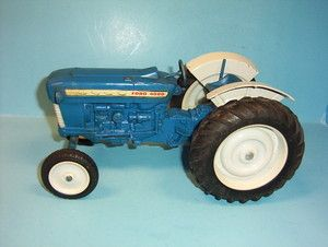 Vintage 1 12 Ertl Ford 4000 Farm Toy Tractor WITH Split Grill 3 POINT