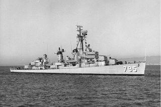 USS Preston DD 795 Westpac Deployment Cruise Book Year Log 1968 Navy