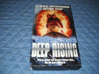 Deep Rising VHS 1998 Famke Janssen Treat Williams 786936066791