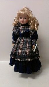The Emerald Doll Collection Beautiful Porcelain Doll 16 2001