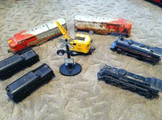 Misc Lionel Train Cars Locomotives Pieces