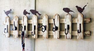 HANDMADE RECLAIMED WOOD BIRDS ON PICKET FENCE WALL HOOKS SHABBY CHIC