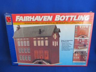 HO Scale Life Like Fairhaven Bottling Plant Building Kit Item 1355
