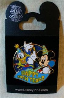 Walt Disney World Mickey Mouse Donald Duck Happy New Year Pin