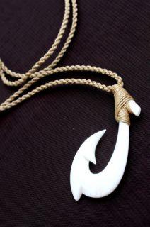 Hawaiian Jewelry Fish Hook Bone Carved Pndant Necklace