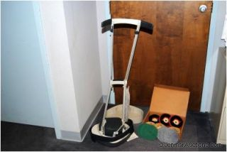 Electrolux 2101 Floor Shampooer Scrubber Floor Buffer With Brushes