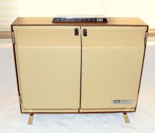 1960s RCA Victor Suitcase Portable Stereo Phonograph Solid State 4
