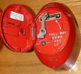 Nice Vintage ADT Cast Iron Wall Mount Fire Alarm   Watch Box