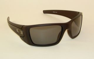 New Oakley Fuel Cell Sunglasses Matte Black Frame 009096 05 Grey