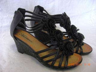 Womens Black Flower Design Ankle Zipper Gladiator Wedge Sandals