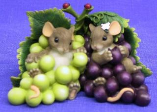 Charming Tails IM So Grape Ful for You Mice