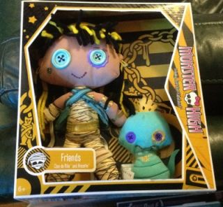 New Monster High Plush Doll Set Cleo de Nile Pet Hissette Fantastic