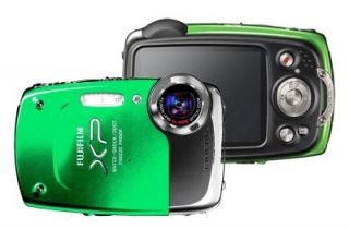 fuji finepix xp20 14 mp waterproof camera case green