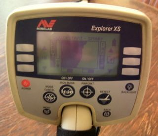 Minelab Explorer XS w Sun Ray Probe