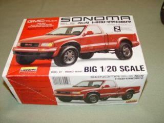1993 GMC Sonoma SLS 4x4 Highrider 1 20 Lindberg Scale Model Unbuilt