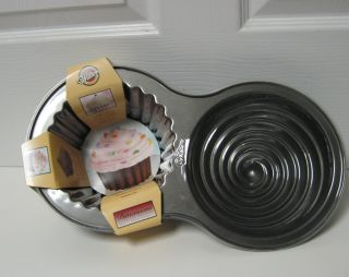 Wilton Dimensions Giant Cupcake Party Cake Pan New