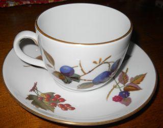 Royal Worcester Evesham Gold Trim Coffee Tea Cup Mug w Saucer Plate
