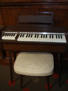 Vintage GE Electric Organ Model N5005A