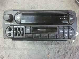 1999 2000 Jeep Grand Cherokee CD Cassette Radio RAZ