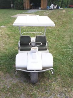DAVIDSON Three wheel GAS POWERED 250cc Vintage GOLF CART