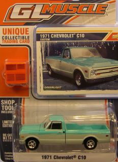 GREENLIGHT COLLECTIBLES 1 64 SCALE CUSTOM GREEN WHITE 1971 CHEVY C 10