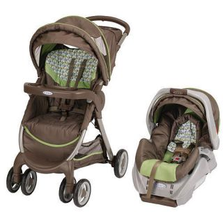 Graco Fastaction Fold Travel System Stroller with SnugRide Providence
