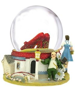 The Wizard of Oz Ruby Slippers Musical Snow Globe SF WZRRSWG*