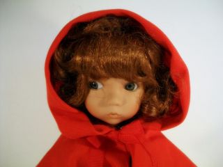1989 Ashton Drake Porcelain Doll Knowles Dianna Effner Red Riding Hood
