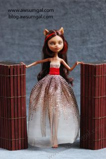 Nina~ ooak Dead Riding Hood Clawdeen Monster High Repaint Doll by