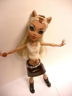 Monster High Doll OOAK Sisters Clawdeen Howleen Acrylic Eyes Howleens