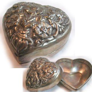 Vintage Silver Metal Heart Shaped Trinket Jewelry Box