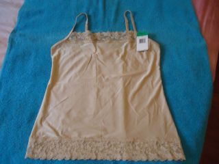 VANITY FAIR ILLUMINATION L BEIGE NEUTRAL LACE CAMISOLE CAMI TANK SLEEP