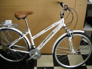 Northwoods Ladies Crosstown 21 Speed Hybrid Bicycle White