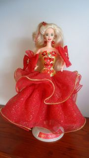 1993 Happy Holiday Barbie Doll