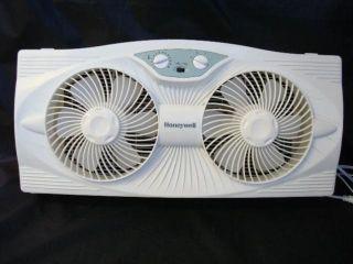 Honeywell HW 305 Twin Window Fan 3 Speed Window Fans Adjustable Width